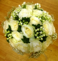 BR5 BRIDAL BOUQUET ROSES AND BOUVARDIA